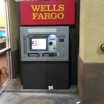 Wells Fargo Bank - 11 Photos & 16 Reviews - Banks & Credit Unions - 3433 S Maryland Pkwy ...