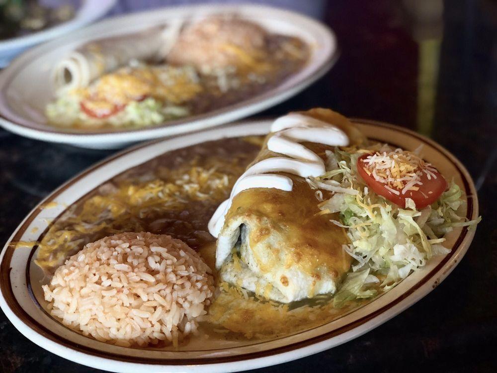 La Cueva Restaurante Mexicano: 875 N Sr 24, Torrey, UT