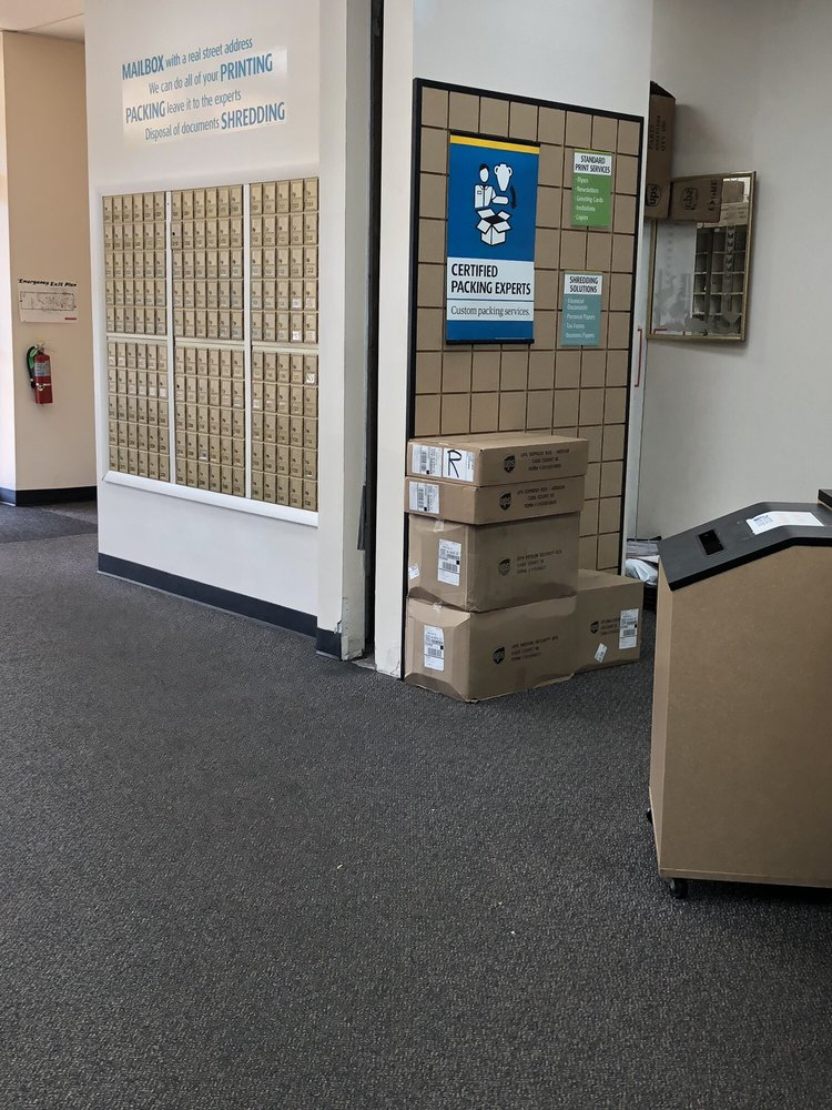 The UPS Store - 11 Reviews - Shipping Centers - 1075 Easton