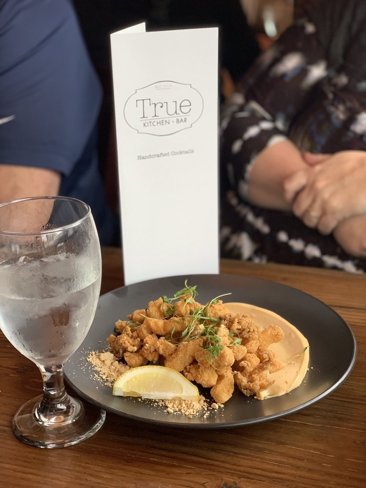 True Kitchen + Bar: 629 SE Main St, Roseburg, OR