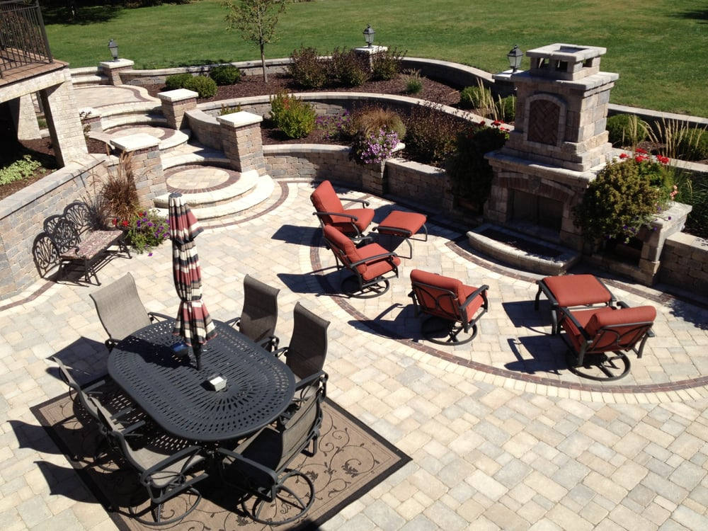 Crimson Valley Landscaping: 1541 North Westmoreland Ave, Rockford, IL