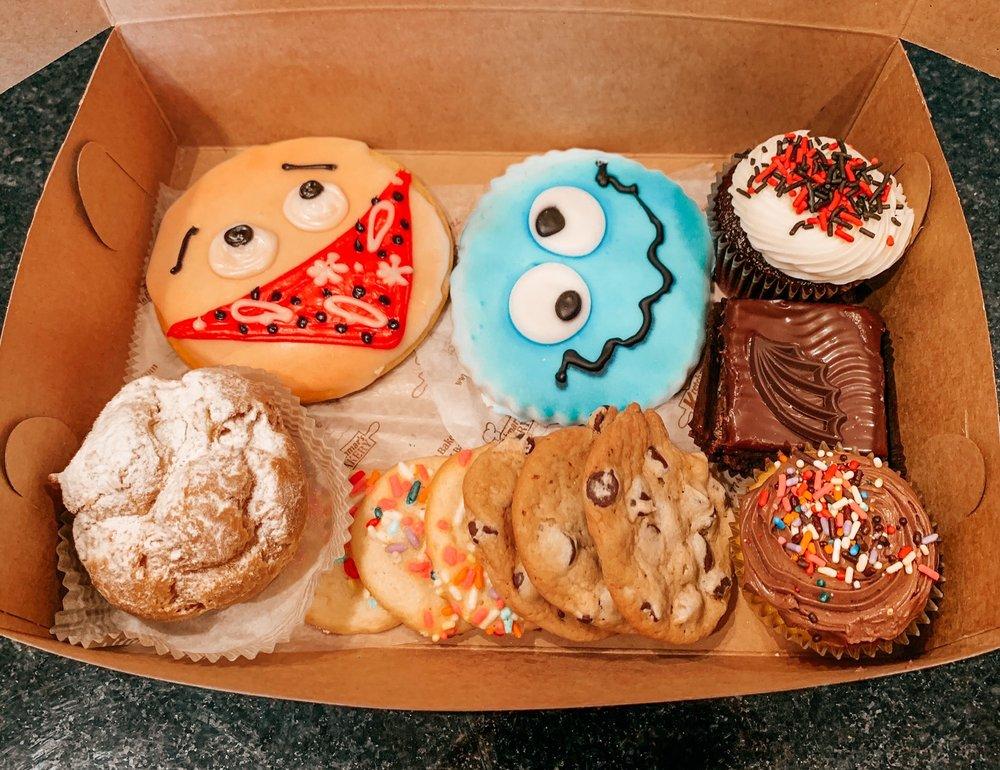 Kretchmar's Bakery: 664 3rd St, Beaver, PA