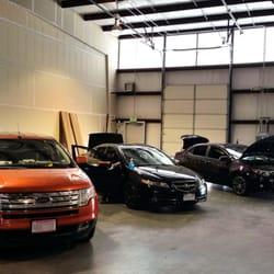 Universal auto hail repair chiuso 12 foto officine for 2 officine di garage per auto