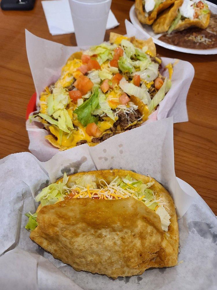 Mamma's Tacos: 2811 SE 14th St, Des Moines, IA
