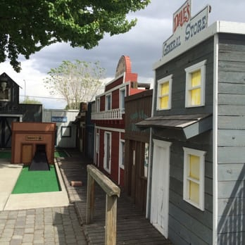 Yakima Family Fun Center - (New) 23 Photos - Mini Golf - 7200 W Nob