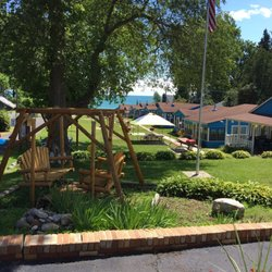 Photo Of Lusky S Lakefront Cottages Lexington Mi United States