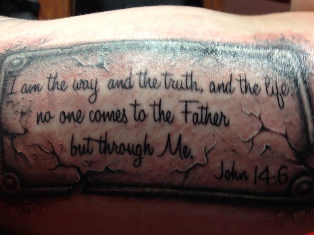A thin line tattoo 38 photos 39 reviews tattoo for Thin line tattoo artists near me
