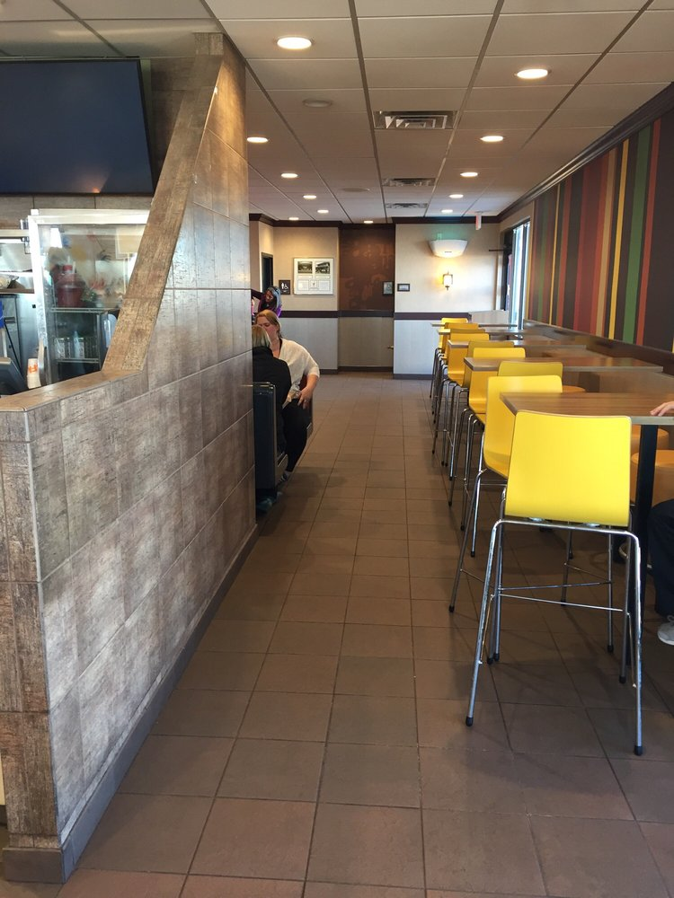 McDonald's: 2000 S Range, Colby, KS