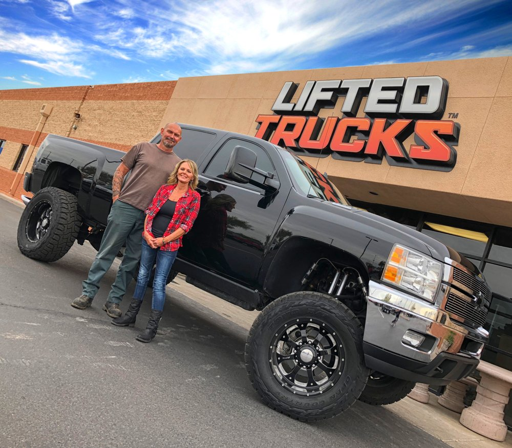 New Customers With Their Custom Chevy Duramax Diesel 4x4 From Lifted