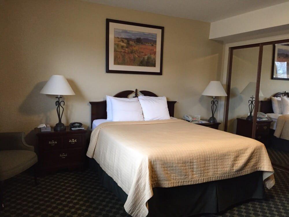 Caprock Inn: 401 Eagle Claw AveOlympic Ave, Cannon AFB, NM