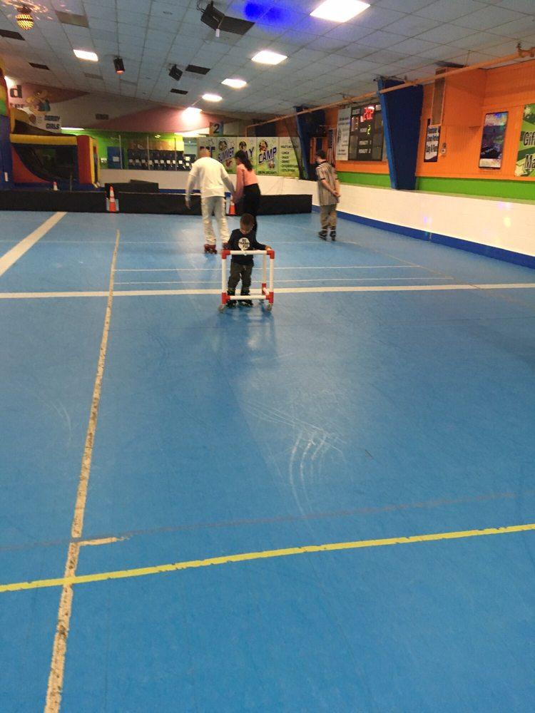 Deptford Skating & Fun Center: 510 Deptford Ave, Westville, NJ
