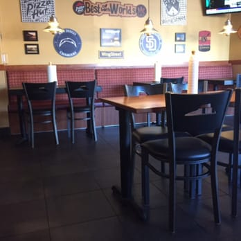 pizza hut - 60 photos & 61 reviews - pizza - 1528 sweetwater rd