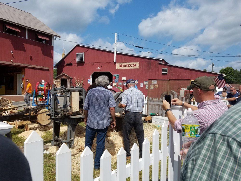 Brooklyn Fair: 15 Fairgrounds Rd, Brooklyn, CT