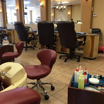 Only nails nail salons 9035 forest ln northeast for Fish pedicure dallas