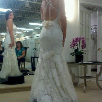 Hannelore\'s Bridal Boutique - CLOSED - 160 Reviews - Bridal - 106 N ...