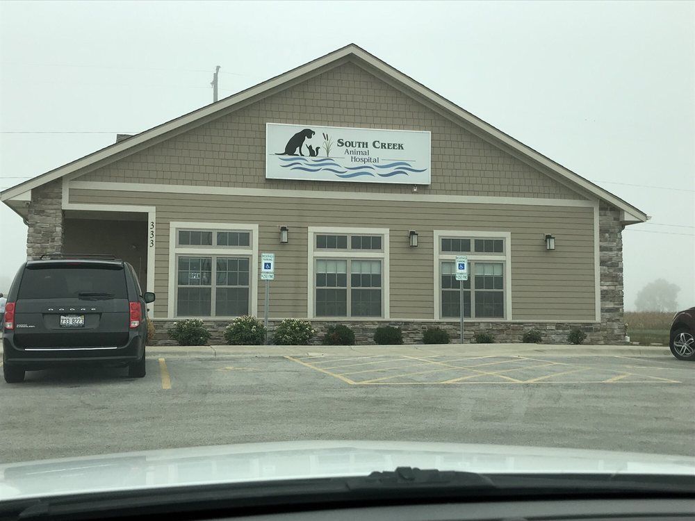 South Creek Animal Hospital: 333 Southcreek Dr, Manteno, IL