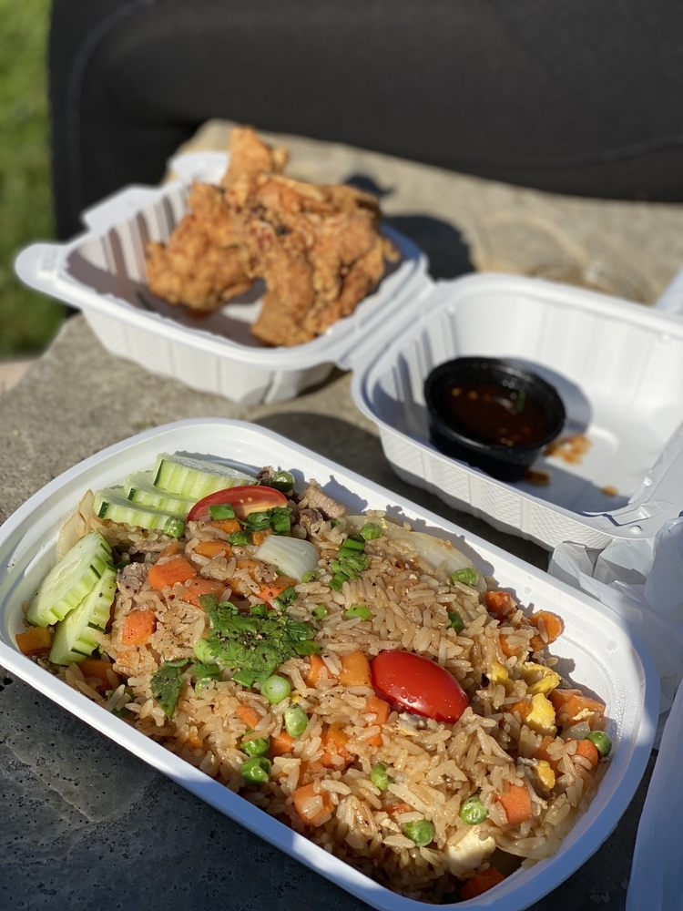 Food from Lime Leaf Thai Bistro