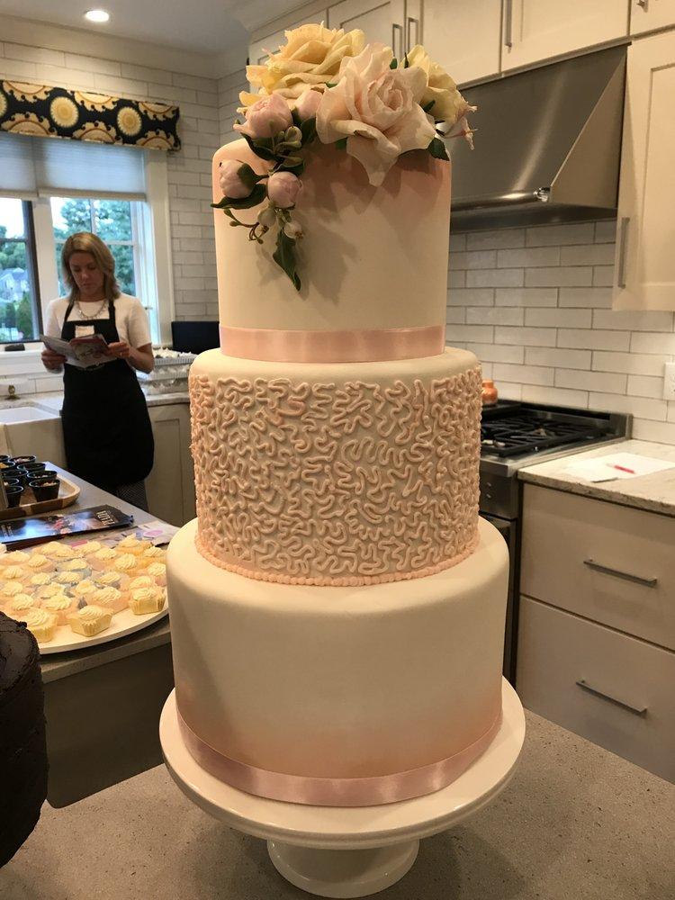 Susan Ricart Dream Cakes: Bexley, OH
