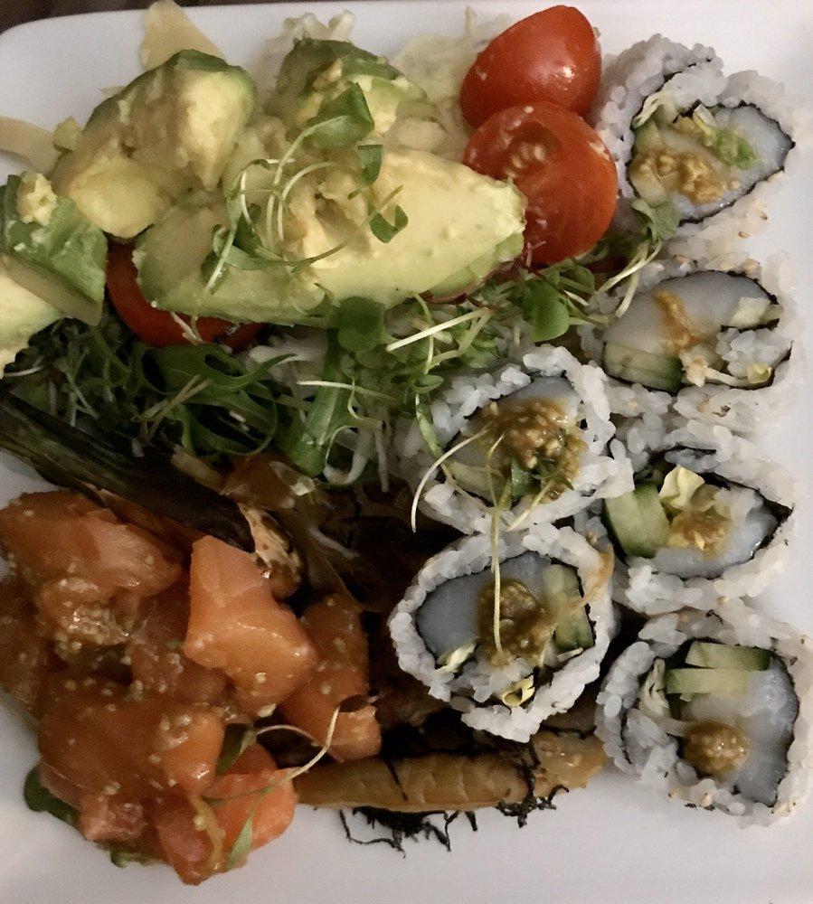 Japango Sushi & Noodle Restaurant