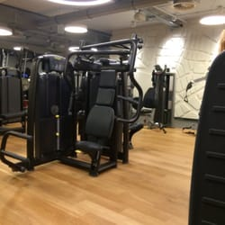 Fitness First - 10 Photos & 14 Reviews - Gyms - Hochstr. 2 - 4 ...