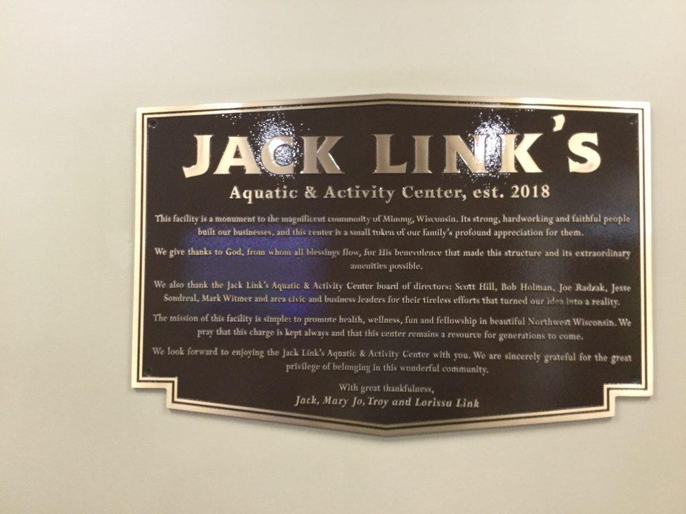 Jack Link's Aquatic & Activity Center: 714 W Hokah St, Minong, WI