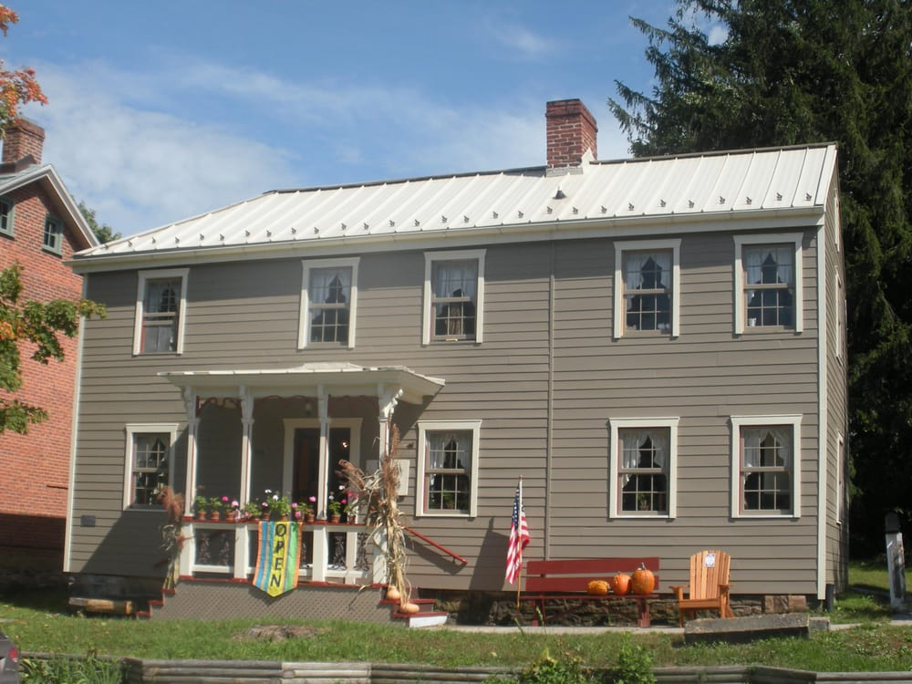 Antiques on the Diamond – Ligonier Valley Chamber of Commerce