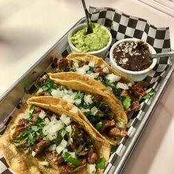 No Name Taco Bar