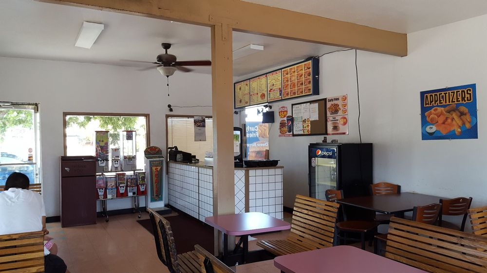 Star Burger Drive In: 296 Oller St, Mendota, CA