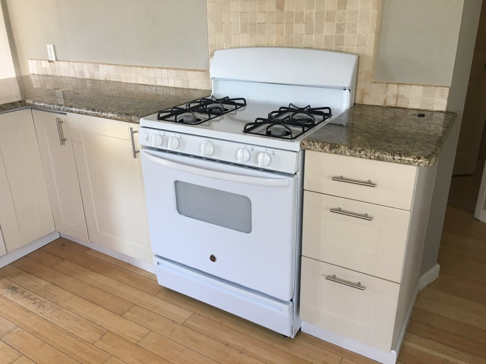 Refurbished stove from Williams Appliance... so much sturdier and ...