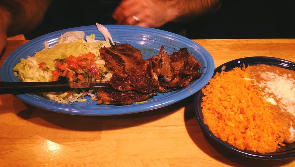La Parrilla Mexican Grill: 7386 Harbour Towne Pkwy, Suffolk, VA