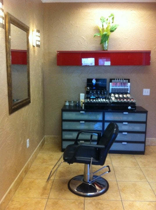 Salon 701 makeup bar featuring all natural mineral glow for 701 salon sacramento