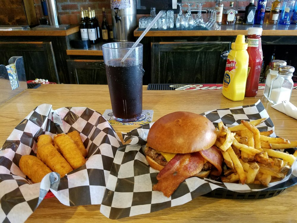 Cassidy's Sports Grill: 15 South Parish Ave, Johnstown, CO
