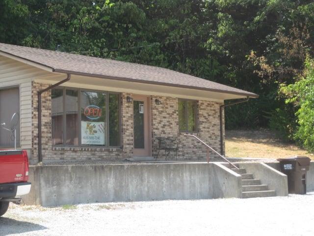 Karl's Kuts: 197 Main St, Winfield, MO
