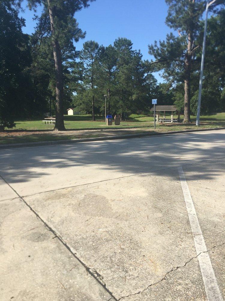 Rest Area: 100 I-95, Rowland, NC