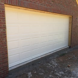 Photo Of Alabama Garage Door Specialist   Meridianville, AL, United States.  16x7 Regal