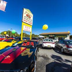 Julians Auto Showcase >> Julian S Auto Showcase 36 Fotos Y 17 Resenas Concesionarios De