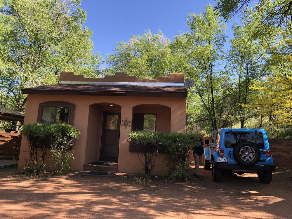 Town-N-Country Cottages: 123 Crystal Park Rd, Manitou Springs, CO