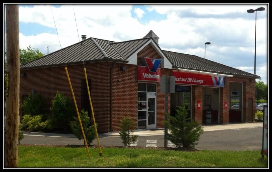 Valvoline Instant Oil Change: 10416 Southern Maryland Blvd, Dunkirk, MD