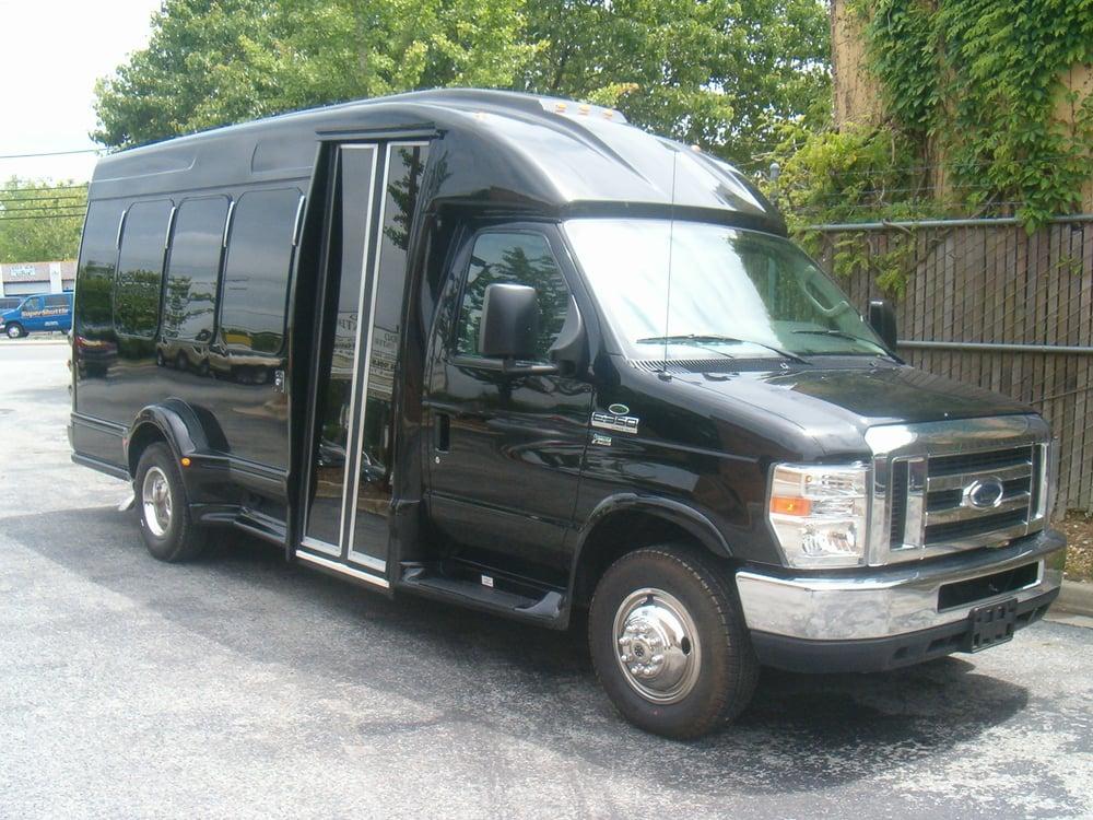 VIP Viago Limousine Service: 2300 N Pershing Dr, Arlington, VA