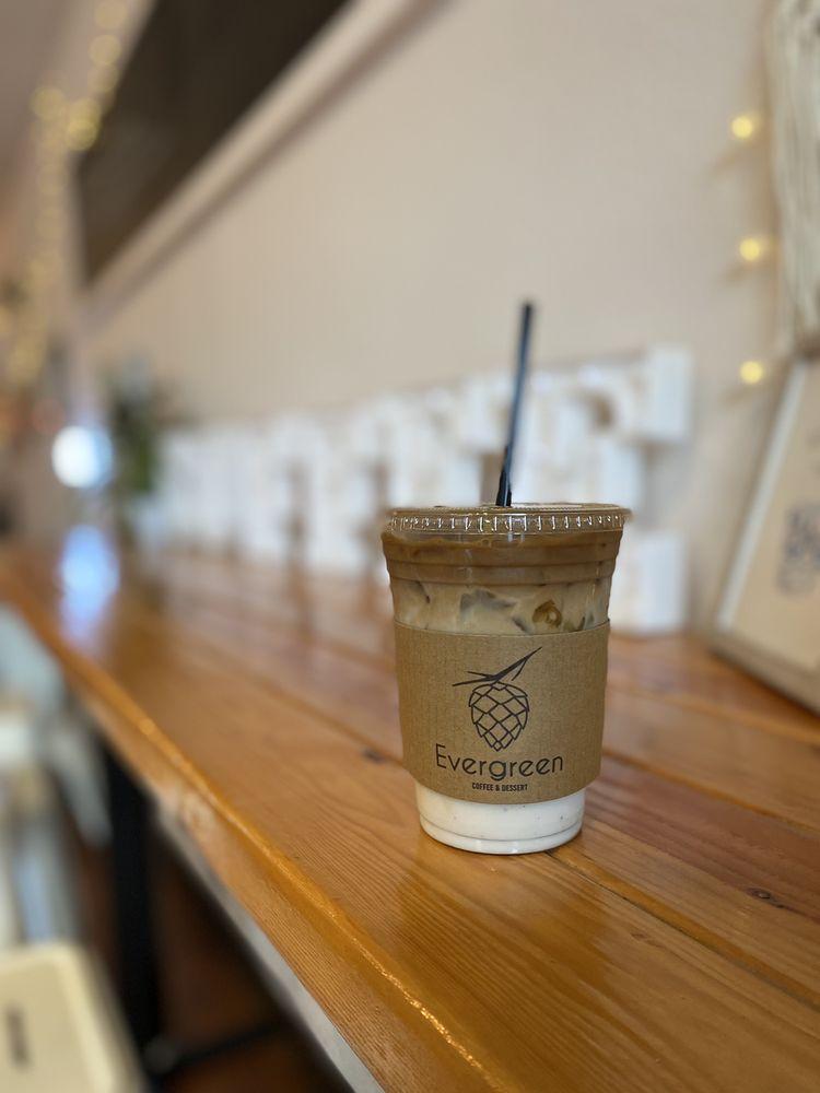 Social Spots from Evergreen Coffee & Dessert
