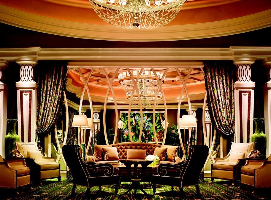 Tower Suite Bar: 3131 Las Vegas Blvd S, Las Vegas, NV