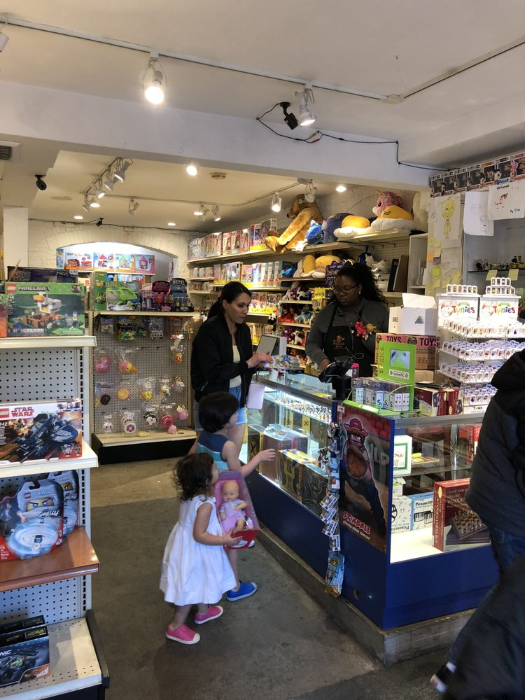 puzzle zoo 20 photos 10 reviews toy stores 2910 main st santa monica ca phone number. Black Bedroom Furniture Sets. Home Design Ideas