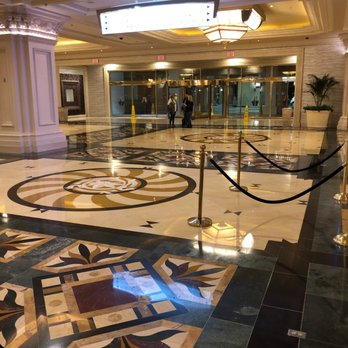 Mandalay Bay Resort Casino 4060 Photos 3370 Reviews