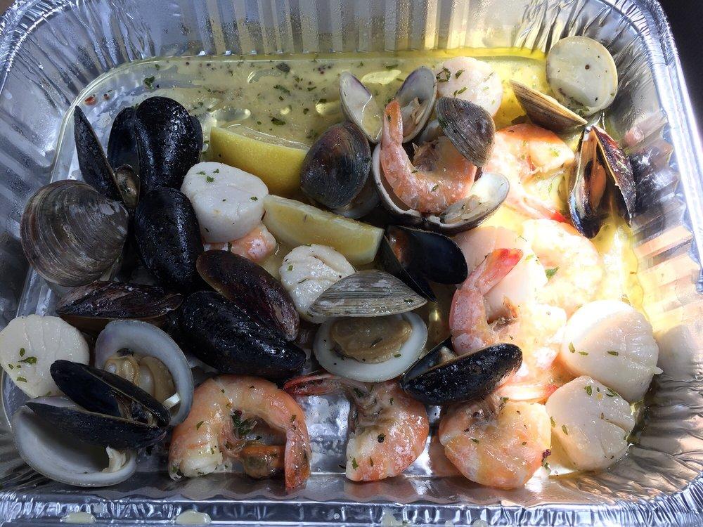 Rick's Seafood House: 435 W Spruce Ave, Wildwood, NJ