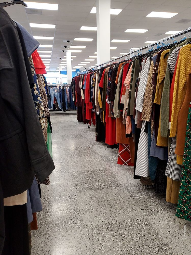 Ross Dress for Less: 2224 E Lincoln Ave, Anaheim, CA