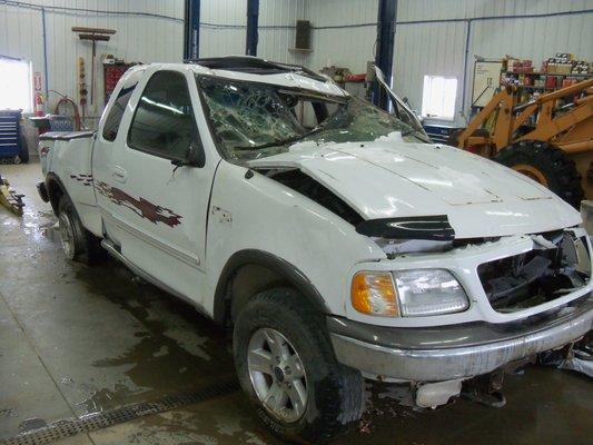 Car Parts Mn: Lanoue's Auto Parts 2712 290th St Marshall, MN Auto Parts