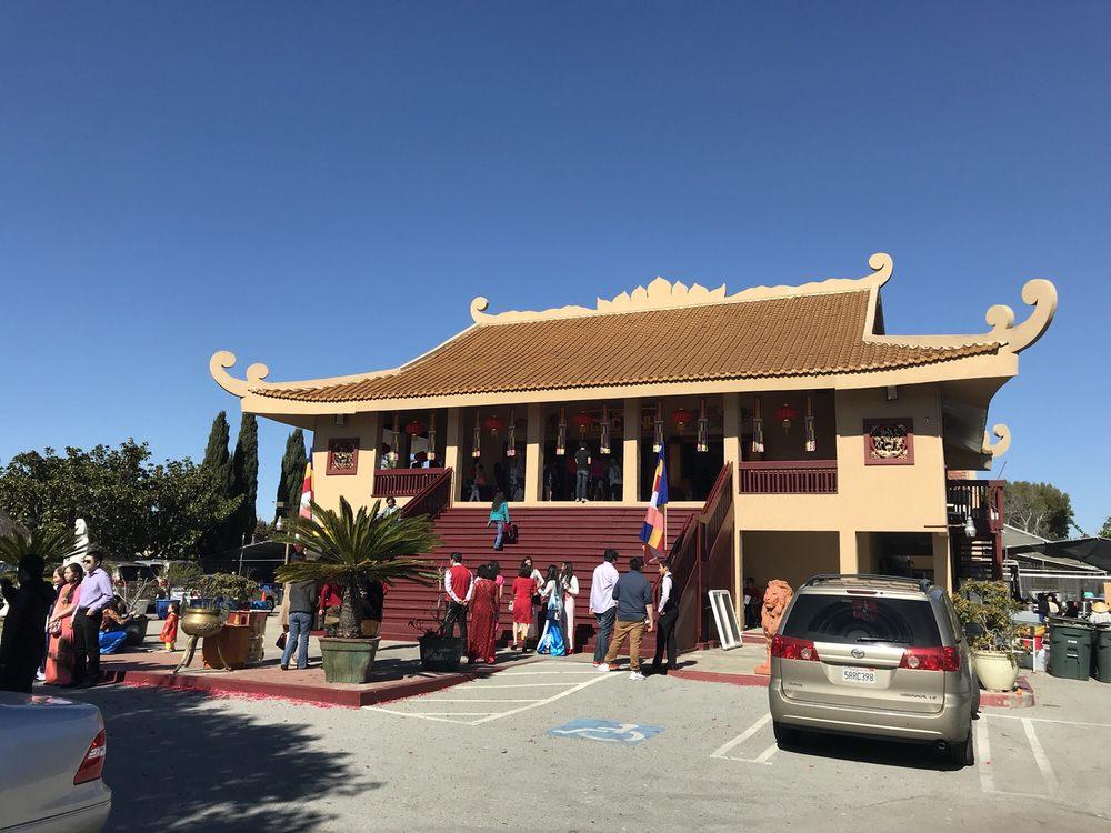 Chùa Giác Minh: 763 Donohoe St, Palo Alto, CA
