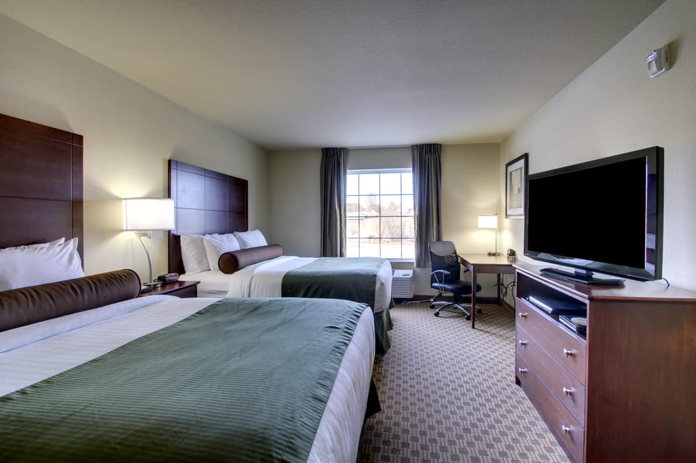 Cobblestone Inn & Suites - Hartington: 405 Arens Dr, Hartington, NE
