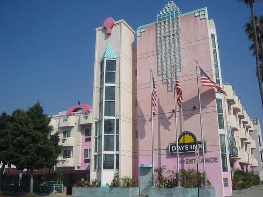 Hotels Near Santa Monica Blvd