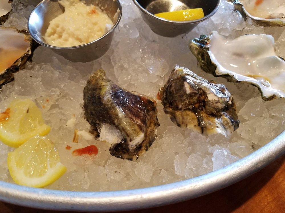Flying Fish Oyster Bar: 2340 NE Sandy Blvd, Portland, OR
